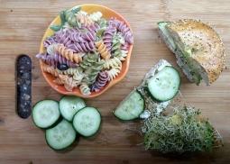 Bagel Sandwich with Tri-Color Pasta Salad