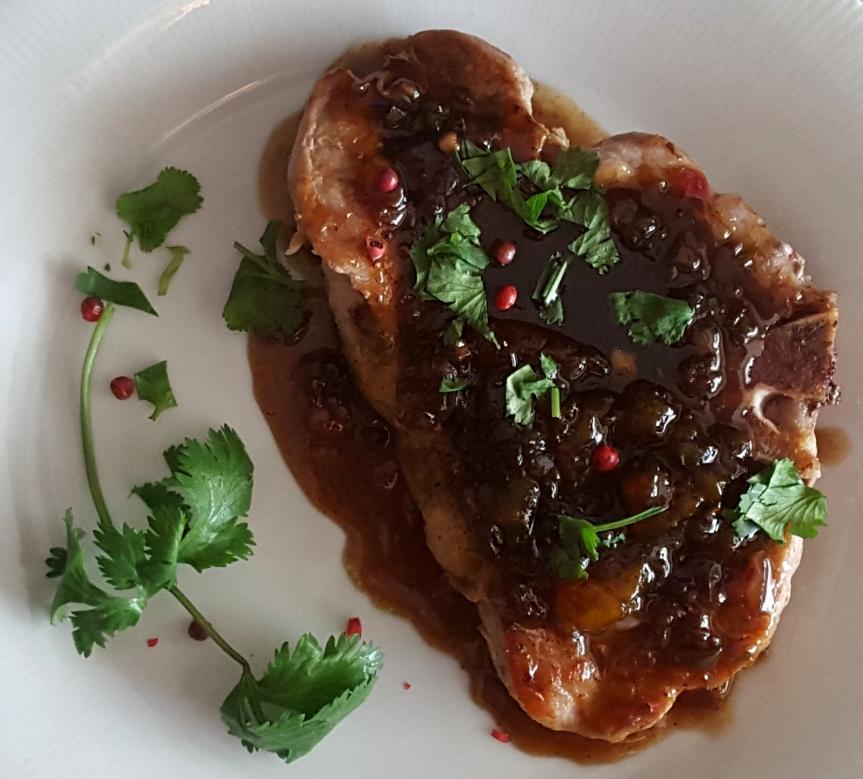 Peppered Pork Chops with Peach-VinegarGlaze