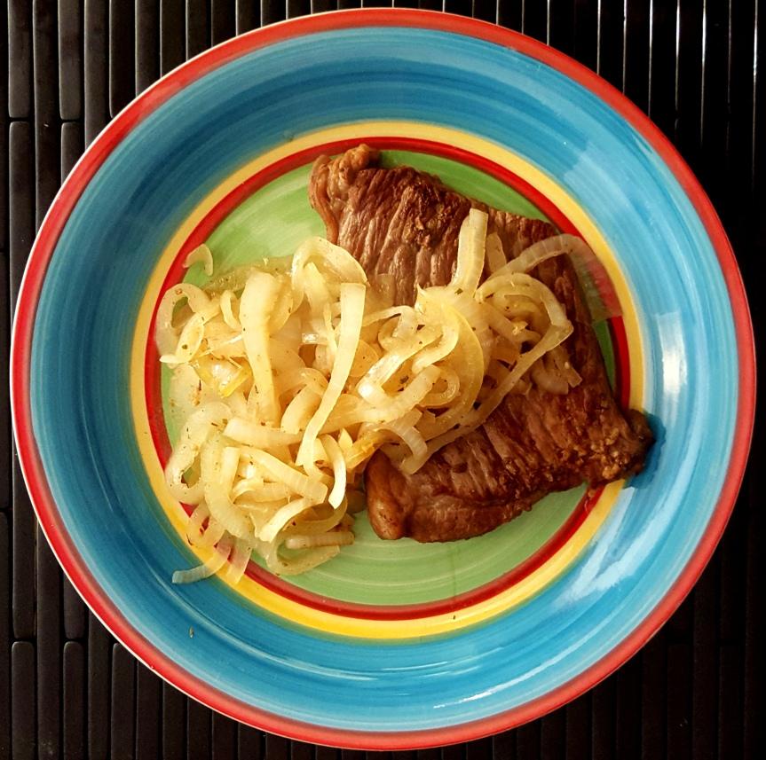 Bistec Encebollado – Steak andOnions